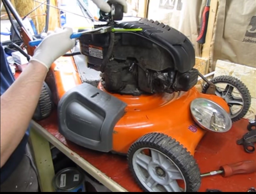 husqvarna mower dies when blades engaged