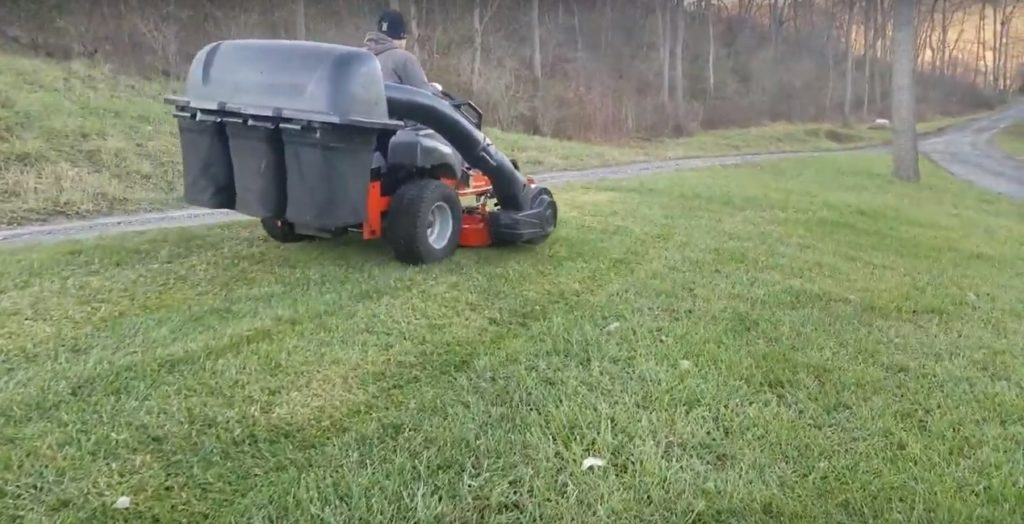 Best Zero Turn Mower with Grass Catcher